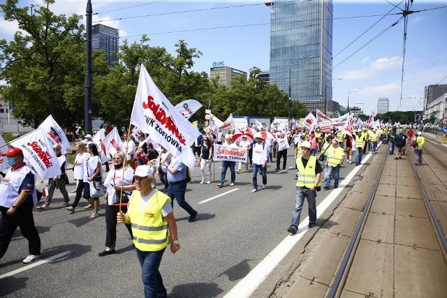 """Protest górników i energetyków  w Warszawie. """"Jawne łamanie praw pracowniczych"""""""