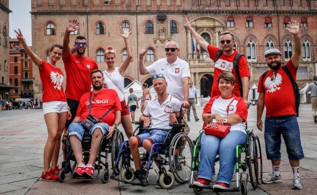 W Bolonii pojawili się m.in. przedstawiciel Klubu Kibica Niepełnosprawnych z Wrocławia