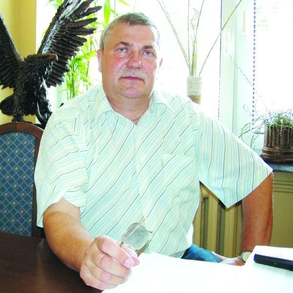 Lubię pomagać ludziom - mówi Bogusław Samel