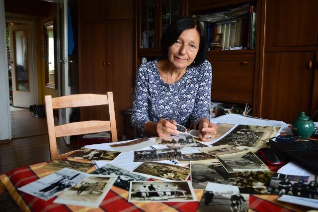 Elżbieta Polończyk-Moskal zgromadziła mnóstwo fotografii na których widać dobczyckich Żydów i m.in. synagogę