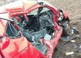 Lutynia: Renault wjechał pod nadjeżdżającą ciężarówkę - pasażerka zginęła na miejscu [ZDJĘCIA]