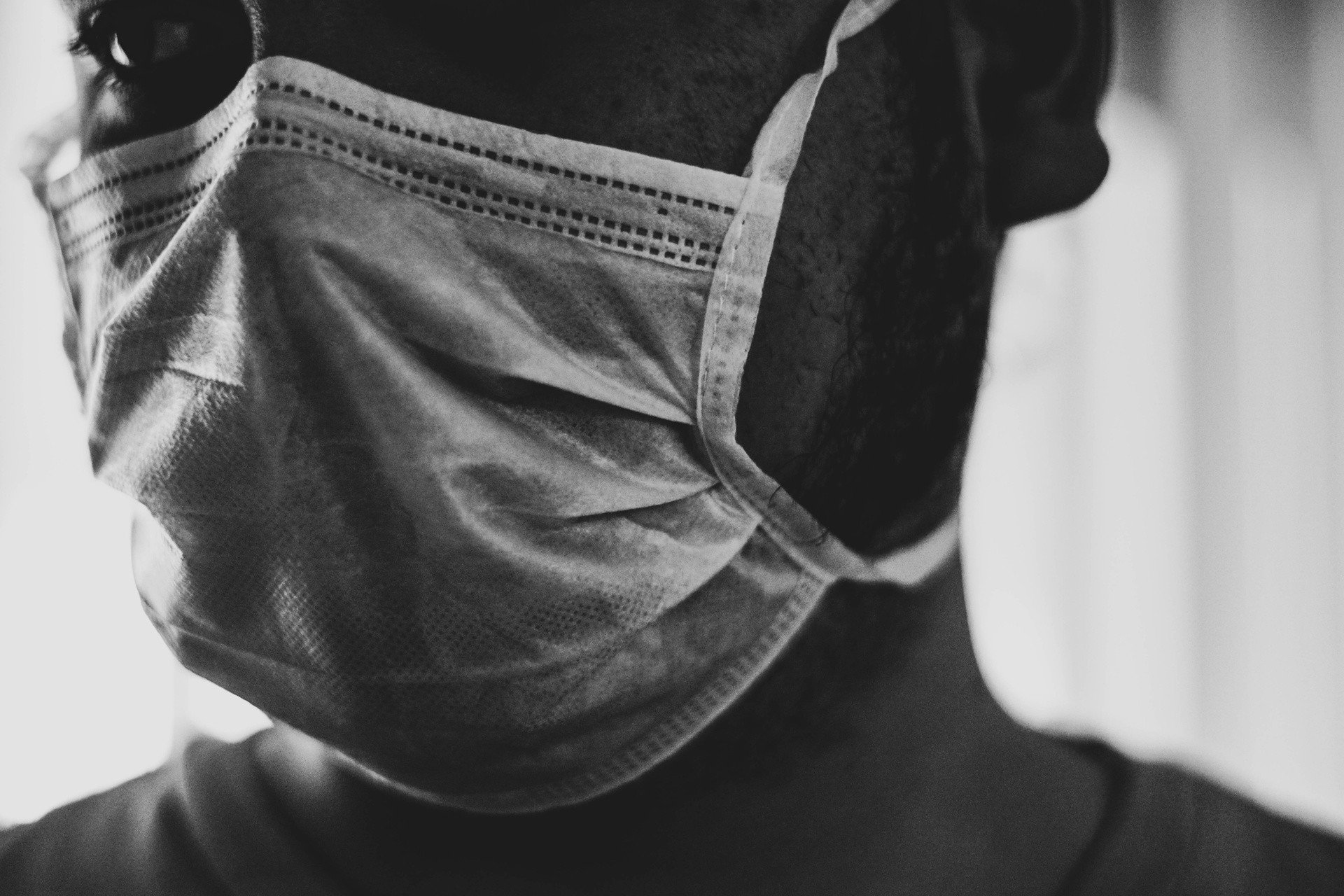 Maseczki ochronne - jak prać maseczki wielorazowe? Gdzie wyrzucać maseczki jednorazowe? | Gazeta Pomorska