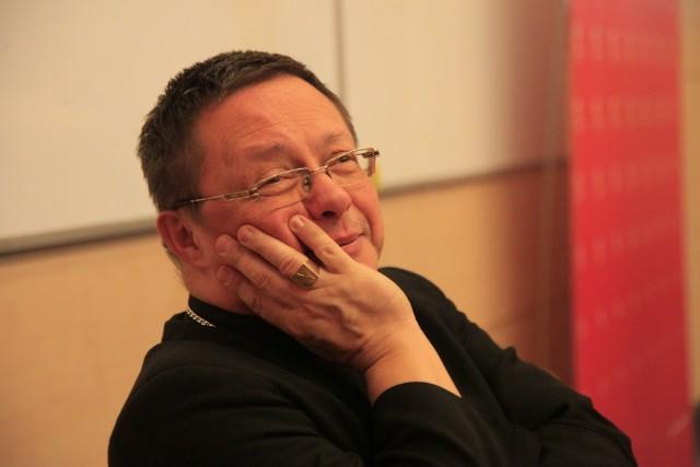 """Abp Ryś, jako profesor, ma doświadczenie w przemawianiu w salach wykładowych. Na UŁ robił to w """"Paragrafie"""""""