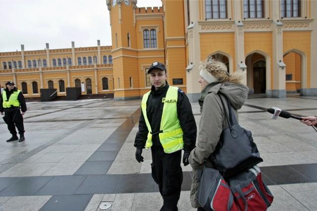 Dworzec Główny we Wrocławiu - policja - zdjęcie ilustracyjne