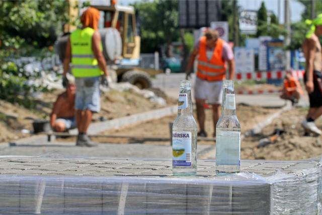 Główny Inspektor Pracy Wiesław Łyszczek apeluje do pracodawców o skrócenie czasu pracy w upały.