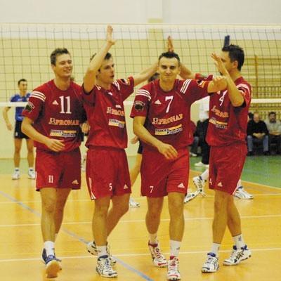Od lewej: Michał Jaskulski, Konrad Woroniecki, Sebastian Wójcik i Rafał Matusiak. Liderzy I ligi.