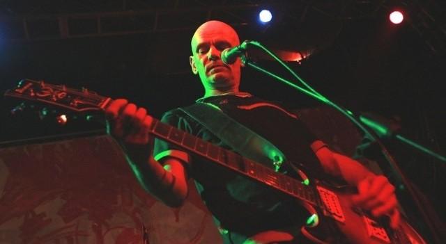 Liderem Kryzysu jest Robert Brylewski, legenda polskiego rocka