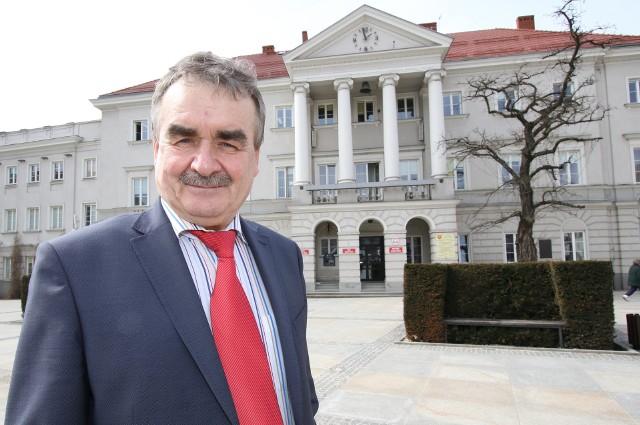 Wojciech Lubawski ma dobre notowania w centrali PiS i w związku z tym może zostać prezesem Uzdrowiska w Busku.