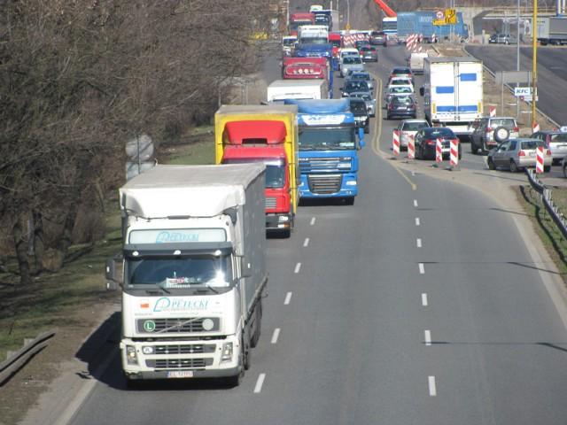 W Częstochowie trwa budowa nowego węzła na DK 1. Władze liczą, że umożliwi on wjazd na ekspresówkę, a nie na autostradę