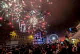 Sylwester w Poznaniu 2019: Tak poznaniacy bawili się na placu Wolnosci i Starym Rynku, witając Nowy Rok [ZDJĘCIA]