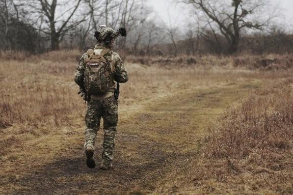 63-latkę oszukał mężczyzna, który podawał się za afgańskiego lekarza z armii.