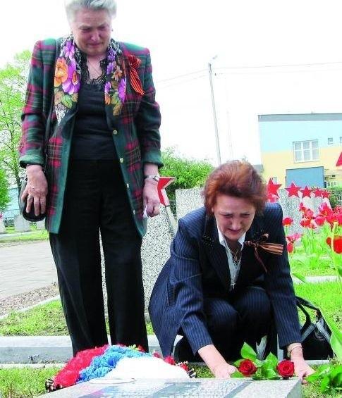 Dziękujemy mieszkańcom Bielska za opiekę nad grobem naszego ojca – mówiły Dina i Raisa, córki Afanasija Malikowa