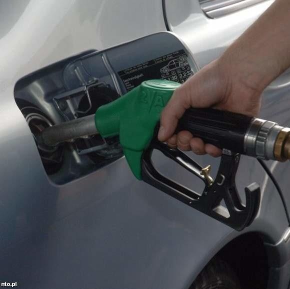 Trefny towar trafiał na stacje benzynowe w województwach śląskim i opolskim.