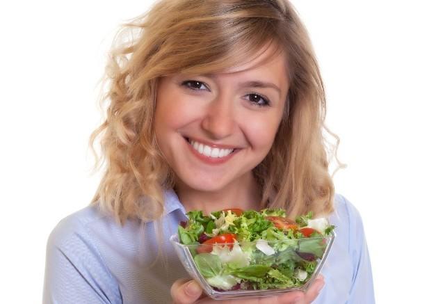 Właściwa dieta jest jednym ze sposobów, zapobiegania nadciśnieniu tętniczemu. Przedstawiamy sześć produktów, które warto jeść.>>>Co obniży ciśnienie - sprawdź na kolejnych slajdach