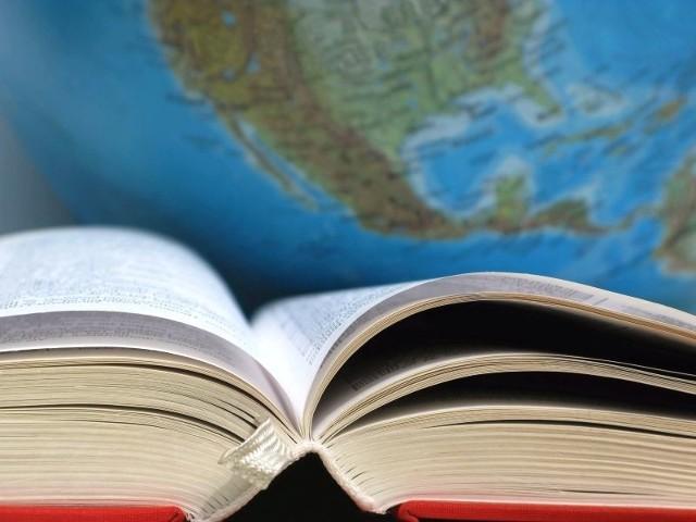 """Tytuł """"Szkoła z talentami"""" można zdobyć za dodatkowe zajęcie choćby z języka angielskiego i kilka innych kółek zainteresowań"""