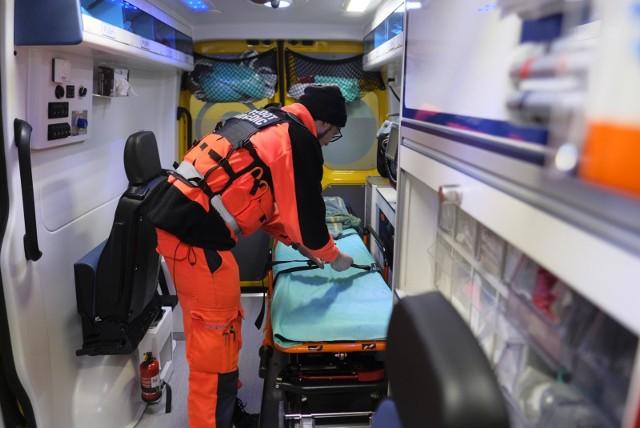 Zdarzały się sytuacje gdzie do medyków celowano z broni palnej, gazowej czy ASG. Atakowano ich ostrymi narzędziami np. nożem