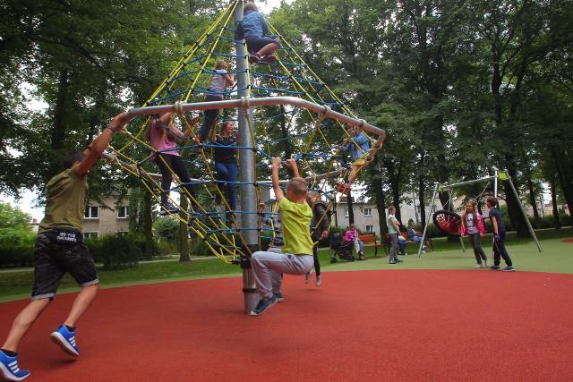 Jeszcze na początku stulecia w szkole czy przedszkolu dziecko innej narodowości niż polska było rzadkością.  Dziś takich dzieci jest kilkoro w każdej placówce