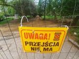 """Gorzów. Demolka w Parku Róż. Trzeba chodzić... """"objazdem"""""""