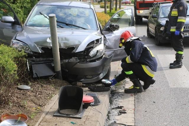 wypadek na ulicy Wyścigowej we Wrocławiu, straż pożarna.
