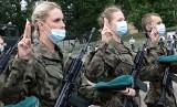 Grudziądz i Grupa. W Centrum Szkolenia Logistyki żołnierze Legii Akademickiej złożyli uroczystą przysięgę wojskową [zdjęcia]