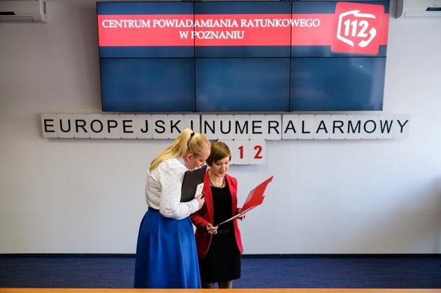 Operatorzy numeru 112 nagrodzeni przez ministra