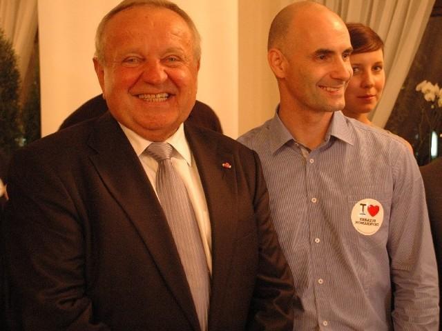 Tomasz Gollob pomaga Władysławowi Komarnickiemu wygrać jego wyścig o fotel senatora z okręgu gorzowskiego