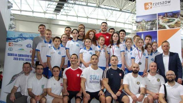 Ekipa Stali Rzeszów zdobyła w Poznaniu pond 30 medali