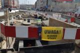 Wrocław: Jak długo będą jeszcze blokować ul. Kazimierza Wielkiego? (ZDJĘCIA)