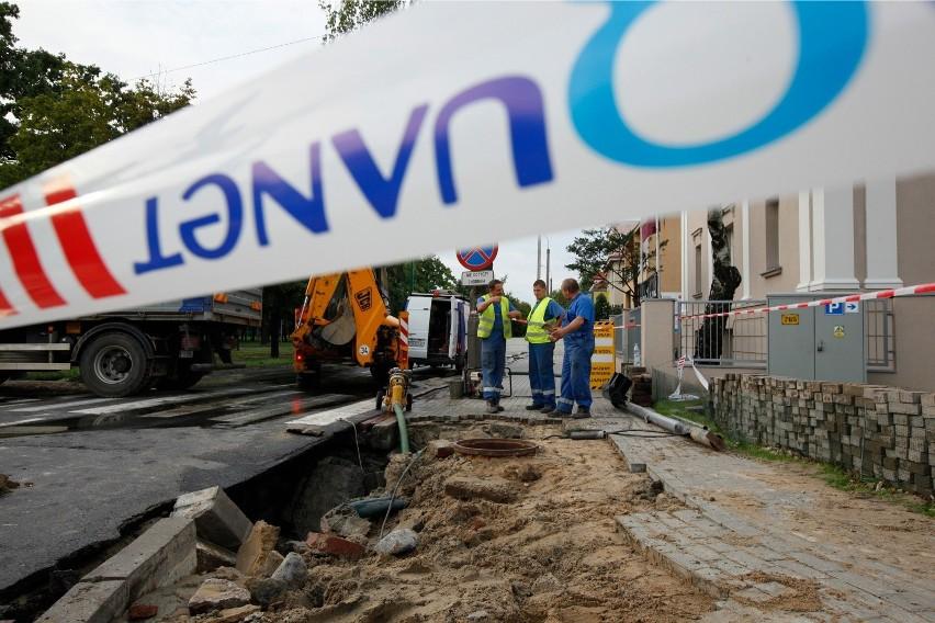 Poznań: Będą utrudnienia. Aquanet rozpoczyna budowę kanalizacji sanitarnej na Piątkowie. Będą utrudnienia