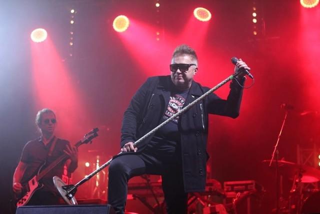 Na finał dożynek na rynku Gnieźnie wystąpił zespół T.Love.