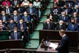 Sondaż: Prezydent zasługuje na podwyżkę, ale inni politycy zdecydowanie nie