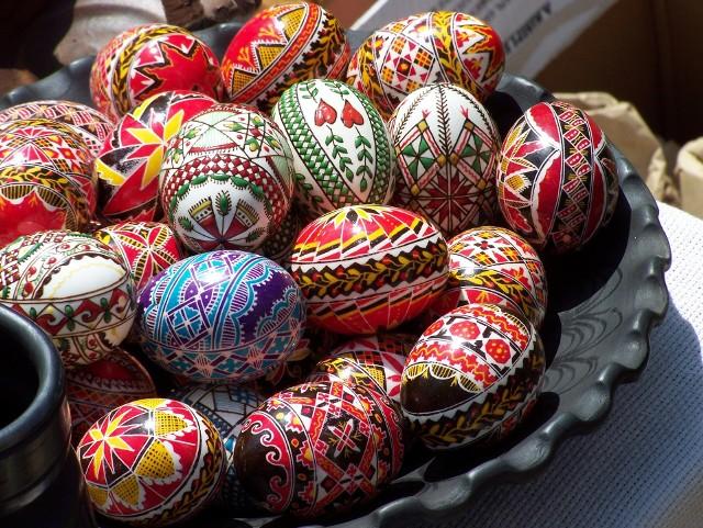 Wielkanocne pisankiPisanki wielkanocne: pomysły na malowanie jajek