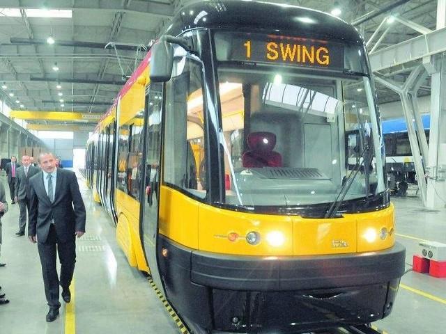 Pesa produkuje nowe pojazdy i naprawia coraz więcej starych lokomotyw