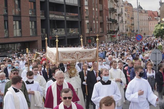 W czwartek, 3 czerwca, przypada uroczystość Bożego Ciała. Poznańska centralna procesja eucharystyczna wyruszy z kościoła pw. Bożego Ciała po mszy św. o godz. 10. Zaplanowano też inne procesje.