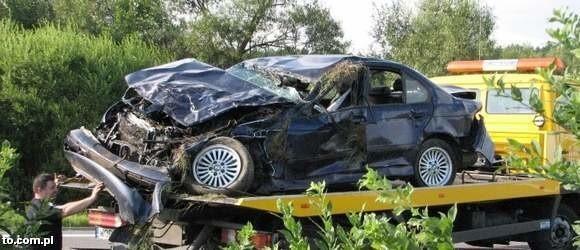Tak wyglądał po wypadku samochód, w którym zginął prezes ostrowskiej mleczarni