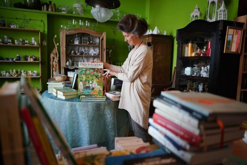 """Krystyna Adamczak, założycielka księgarni """"z Bajki"""",..."""