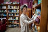 """Ratujmy księgarnię """"z Bajki"""". Poznańskie wydawnictwo włącza się w akcję pomocy kultowej księgarni. Będzie można kupić książki za 10 zł"""