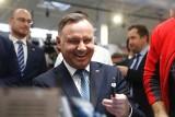 Prezydent Andrzej Duda w Stalowej Woli. Odwiedził należącą do Polskiej Grupy Zbrojeniowej HSW i otworzył Polską Wystawę Gospodarczą [FOTO]