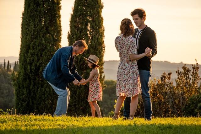"""Film """"Włoskie wakacje"""" będzie można obejrzeć 15 maja o godz. 21.30 w ramach kina plenerowego."""