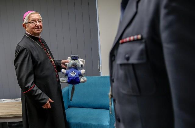 Zgodnie z decyzją Stolicy Apostolskiej, abp Leszek Sławoj Głódź zamieszkać ma poza archidiecezją gdańską