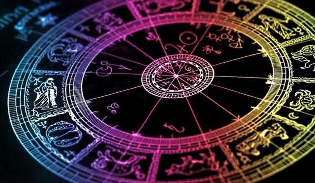 Horoskop dzienny na piątek 20 kwietnia 2018 r. Horoskop Dziennika Łódzkiego. Sprawdź, co mówią gwiazdy!