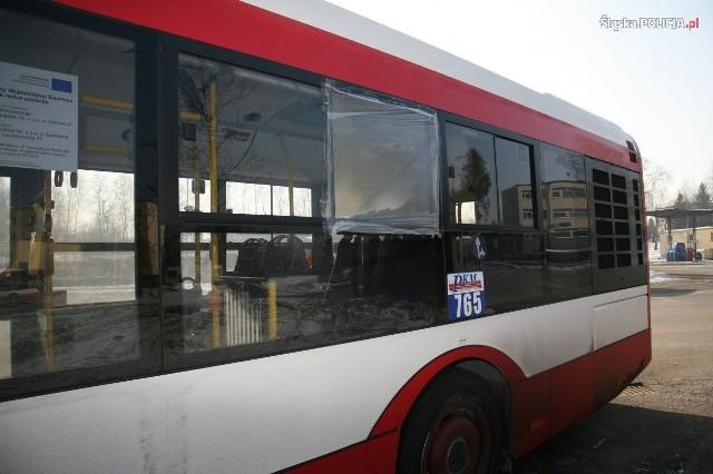W Sosnowcu ostrzelany został autobus