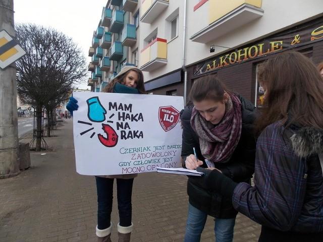 """Akcja """"Mam haka na raka"""" w Gorzowie Wlkp."""