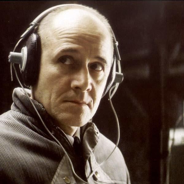 Rewelacyjny Ulrich Muehe w roli Gerda Wieslera.