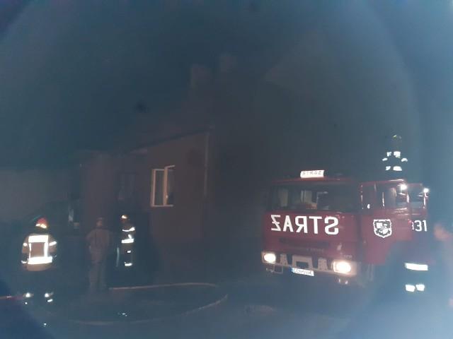 Dwa pożary postawiły na nogi kilkudziesięciu ratowników