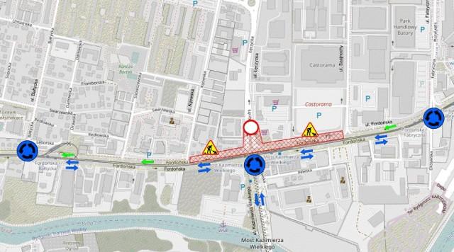 Mapa przedstawia zmiany w organizacji ruchu dla kierowców, które zaczną być wprowadzane 10 września, a wszystkie docelowo zaczną obowiązywać od godzin porannych w poniedziałek 13 września.
