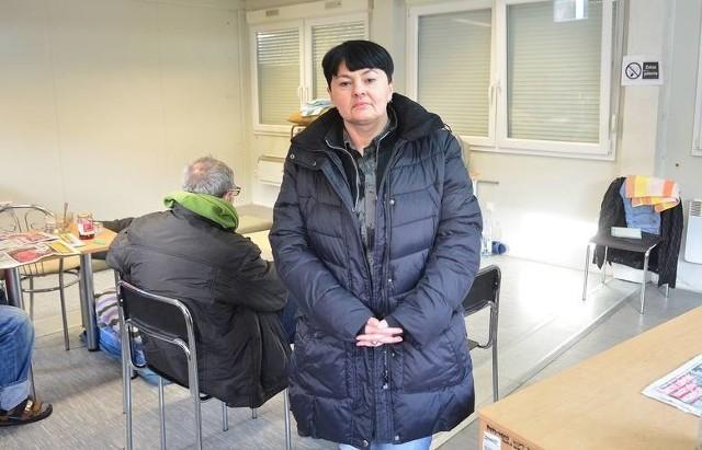- Każda osoba pozbawiona dachu nad głową może przyjść do ogrzewanego kontenera, lub do schroniska - mówi Elżbieta Kocon, kierownik schroniska dla bezdomnych mężczyzn przy ulicy Słowackiego w Radomiu.