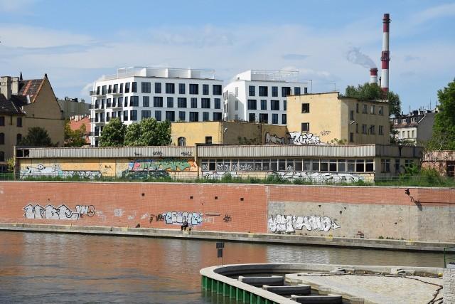 Jeszcze w maju wyburzony zostanie budynek koszar leżący tuż nad brzegiem Odry