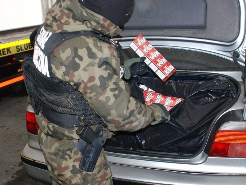 Pogranicznicy ujawnili w sumie 260 tys. sztuk papierosów