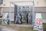 Muzeum Wojska w Białymstoku. Podlascy żołnierze z wystawy padli ofiarą wandali (wideo)